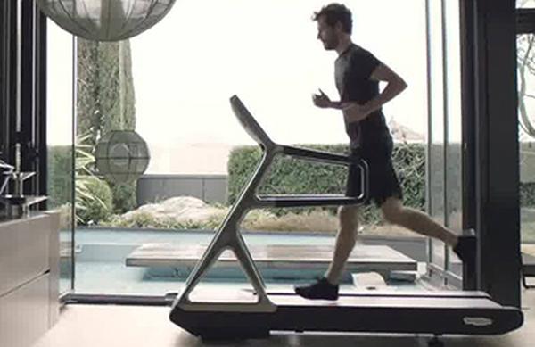 Kako varno teči na tekaški stezi