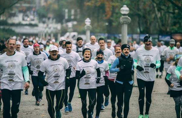 Movembrski brkati tekači preplavili Ljubljano