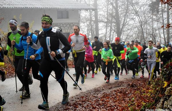 Tekači pozimi ne počivajo: pričeli sta se 12. Kranjska zimska tekaška liga in 10. Zimska liga Sveti Primož nad Kamnikom