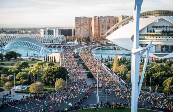 Rekordna udeležba maratona v Valencii