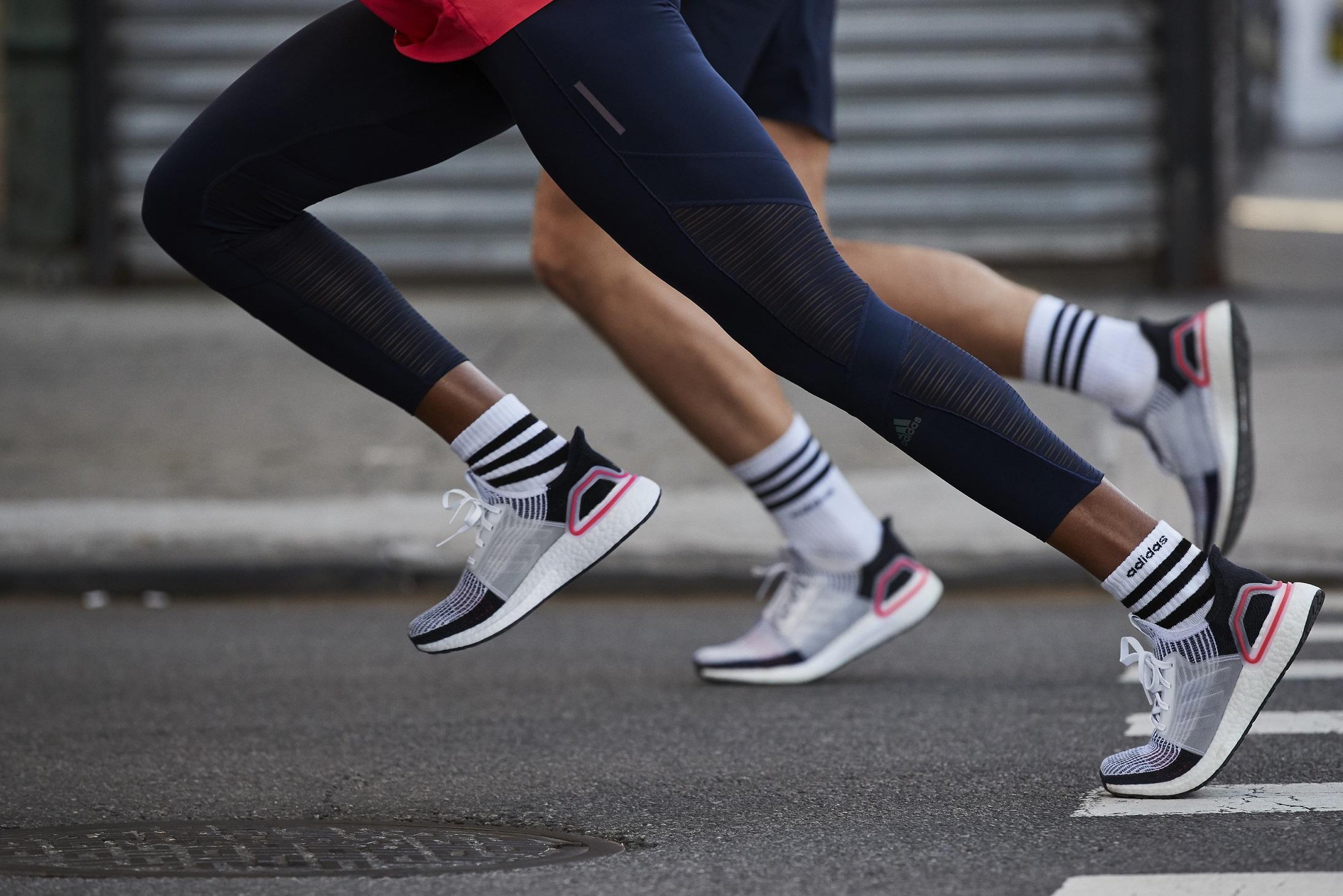 adidas Ultraboost 19 – tekaški copat iz zgolj štirih elementov za večji povratek energije