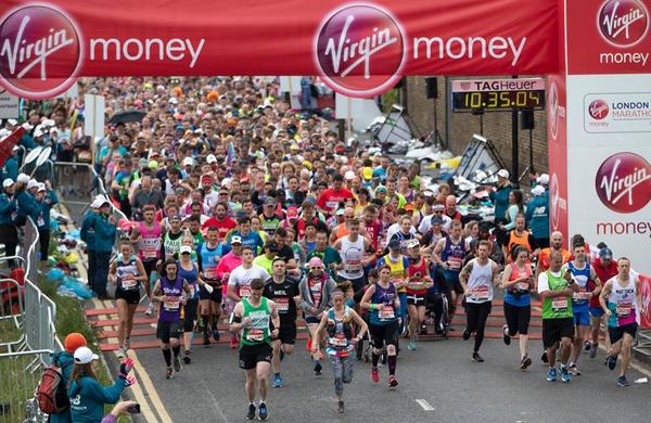 Na londonskem maratonu več kot 40.000 tekačev!