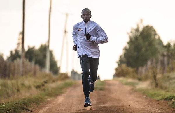 Trije tekaški nasveti najboljšega maratonca Eliuda Kipchogea
