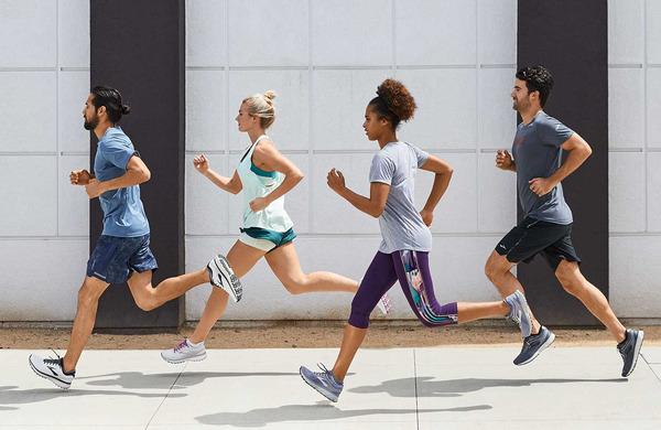 To se zgodi vašemu telesu med tekom maratona