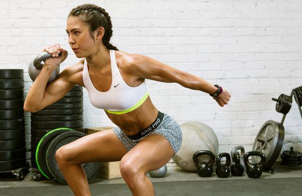 Vaje za hrbet in ramena, s katerimi boste stali bolj pokončno
